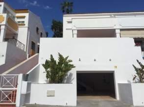 Casa adosada en Artola
