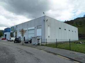 Nave industrial en Oviedo