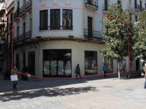 Local comercial en calle Manuel de Sandoval