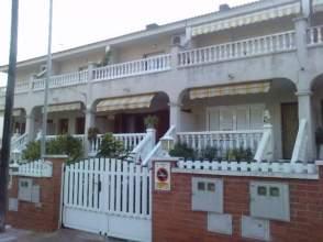 Casa adosada en Can Toni