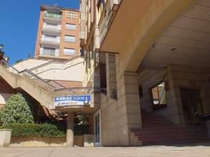 Local comercial en calle Venerable Carabantes, nº 1