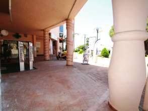 Local comercial en Calahonda