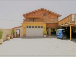 Casa en calle calle Bajo Maja, nº 17