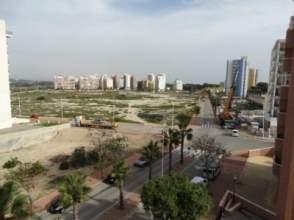 Piso en Urbanizaciones