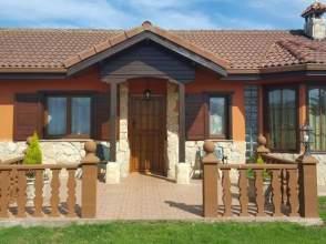 Casa en Oviñana