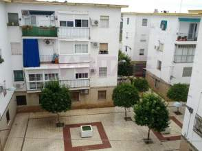 Piso en calle Barriada San Hermenegildo, nº 8