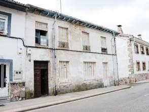 Chalet en calle Constitucion -