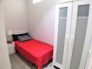Habitación en calle Carrer del Roser