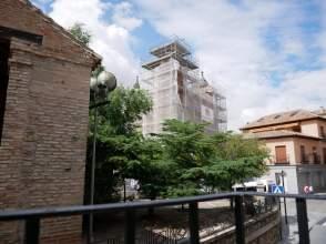 Piso en calle Alamillos de San Martín