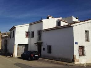 Casa adosada en calle Mayor, nº 7