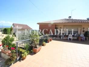 Pisos en lli de vall barcelona Casas en llica de vall