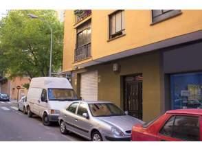 Piso en calle Conde de Urgel