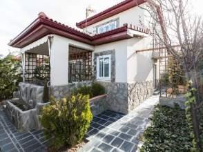 Casa unifamiliar en Urb. los Angeles de San Rafael