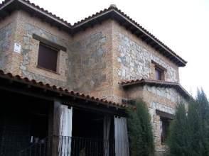 Casa unifamiliar en Carcaboso