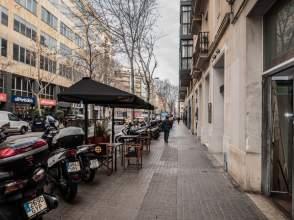 Local comercial en calle Consell de Cent