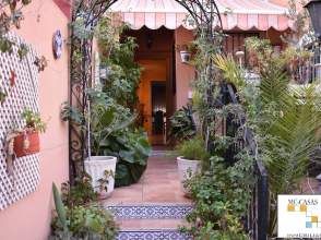 Casa adosada en calle Morera