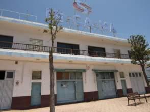 Casa pareada en calle Amapola