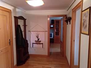 Apartamento en calle Juan XXIII, nº 9