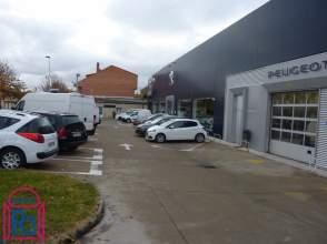 Nave industrial en Avenida Madrid