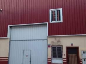 Nave industrial en calle Francisco Medina y Mendoza