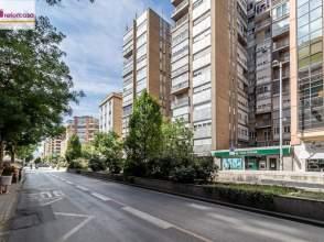 Flat in Camino de Ronda, near Calle Virgen Blanca