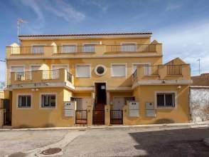 Piso en  calle Flores- (Casas de Moya) 12 - 26 y calle Mart