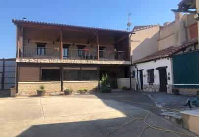 Casa en calle de Santiago Sanz