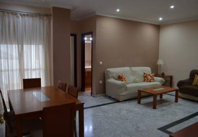 Flat in calle Real, near Calle San Servando