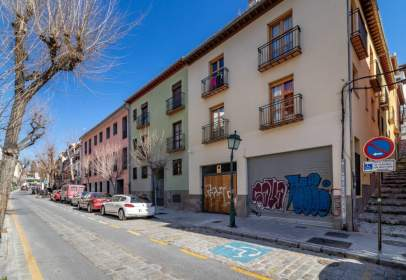 Flat in calle Real de Cartuja, near Calle Alta de Cartuja