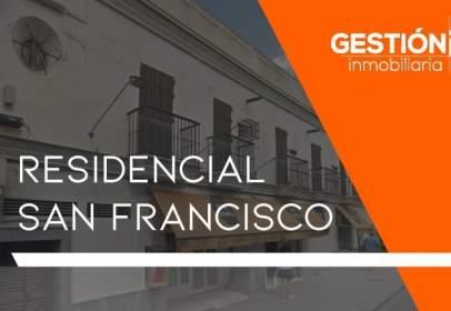Penthouse in Avenida de San Francisco, 3, near Calle San Nicolás