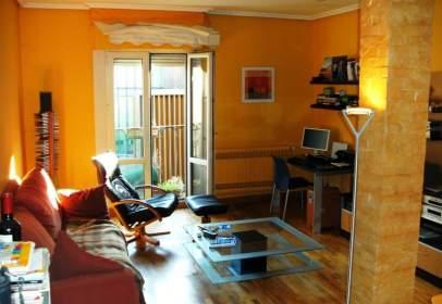 Studio in calle Cuchillería, near Calle Pintorería