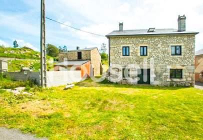 Casa rústica a calle Albares (Santa Cruz)