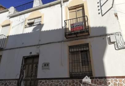 Chalet en calle de Luis Medina