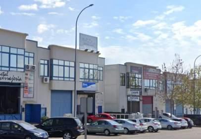 Industrial building in Zona Bulevar