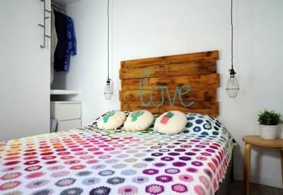 Apartament a calle de la Clarina Cobarrubias, 29