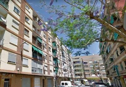 Flat in calle Carrer de Nicolau Andreu, nº 21