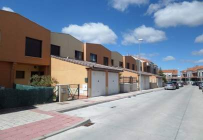Terraced house in calle Hilario Valentin