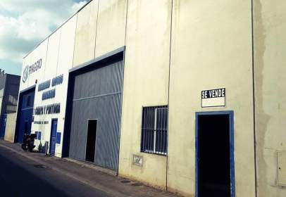 Industrial building in Purchil