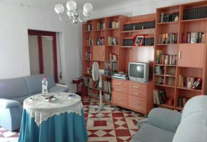 Casa en calle del Poeta Ibáñez