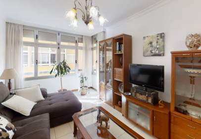 Flat in calle Lectoral Feo Ramos