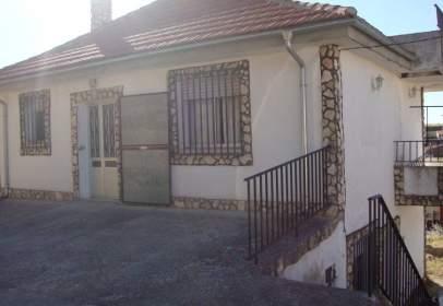 Casa en Cañizal