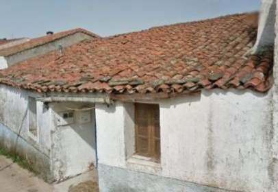 Casa en Cilleros de La Bastida