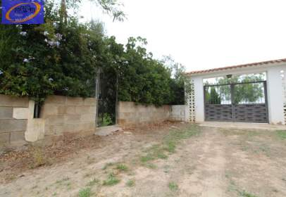Land in La Pobla de Vallbona