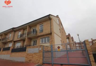 Casa adosada en Carretera de Valladolid
