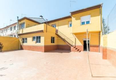 Casa en calle León Felipe