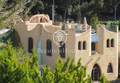 Casa en Canyelles-La Montgoda