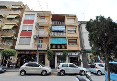 Flat in calle Pius XII, nº 7