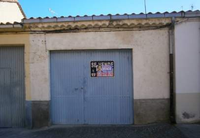 Garage in Pinilla