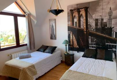 Penthouse in calle del Aconcagua, 26