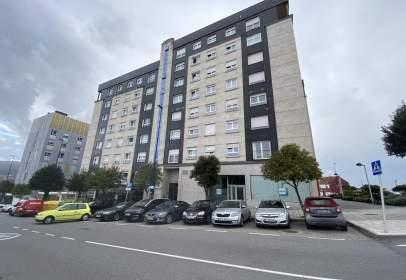 Piso en calle Emilia Pardo Bazán, 114, cerca de Camino de Quirós